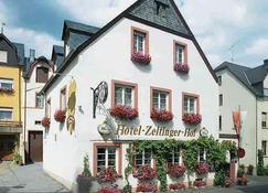 Hotel Zeltinger Hof - Bernkastel-Kues - Building