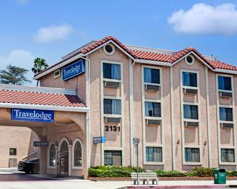 Travelodge by Wyndham Pasadena Central - Pasadena - Building