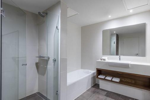 Melbourne Parkview Hotel - Melbourne - Bathroom