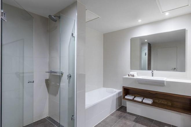 View Melbourne (Melbourne Parkview Hotel) - Melbourne - Bathroom