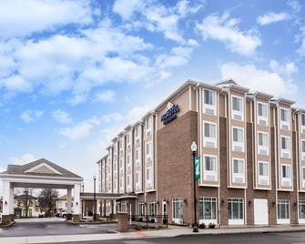 Microtel by Wyndham Penn Yan Finger Lakes Region - Penn Yan - Building