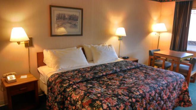Americas Best Value Inn Marion, Nc - Marion - Schlafzimmer