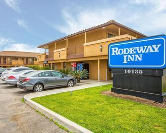 Rodeway Inn Santee San Diego East - Santee - Building