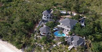 J&R Residence - Anda - Vista del exterior