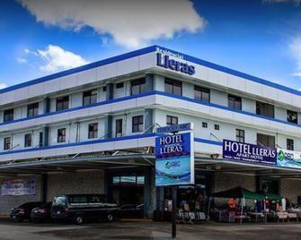 Hotel Lleras - David - Gebouw