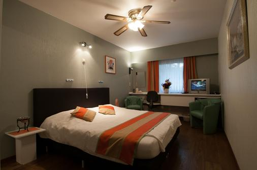 Hotel Apollo - Zutendaal - Habitación