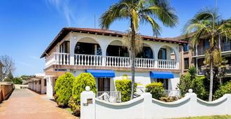Ocean Breeze Motel - Port Macquarie - Building