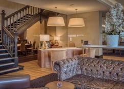 Hotel Colessio - Stirling - Lobby