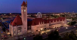 St. Louis Union Station Hotel, Curio Collection by Hilton - San Luis - Vista del exterior