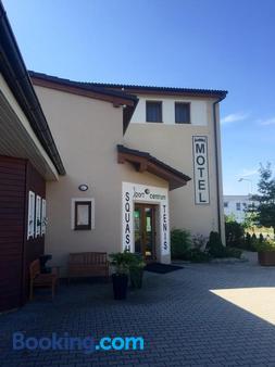 Hotel Sport Mlada Boleslav - Mladá Boleslav - Building