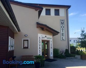 Hotel Sport Mlada Boleslav - Mladá Boleslav - Gebouw