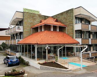 Maslina Otel - Edremit (Balikesir) - Edificio