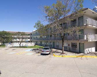 Motel 6 Minneapolis North - Roseville - Roseville - Building