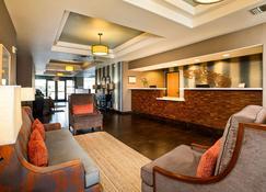 Hawthorn Suites by Wyndham Oakland/Alameda - Alameda - Aula