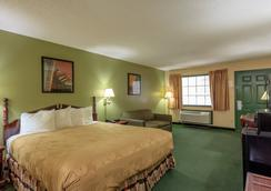 Angel Inn Near Imax - Branson - Bedroom