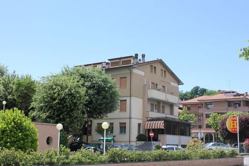 Hotel Pierina - Castrocaro Terme - Building