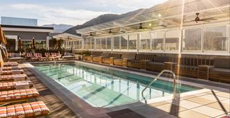 Kimpton Rowan Palm Springs Hotel - Palm Springs - Pool