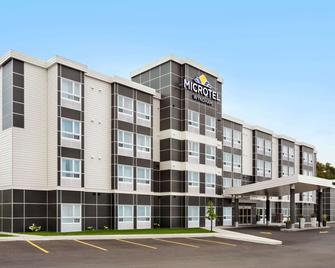 Microtel Inn & Suites by Wyndham Val-d Or - Вал Д'Ор - Building