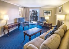Wyndham Newport Onshore - Newport - Sala de estar