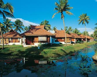 Kumarakom Lake Resort - Kumarakom - Building