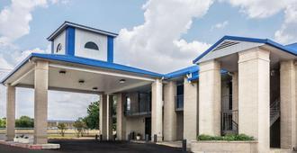 Days Inn by Wyndham Killeen Fort Hood - Killeen
