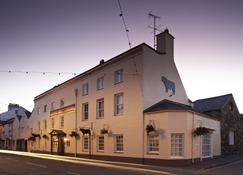 The Bull - Beaumaris - Beaumaris - Building
