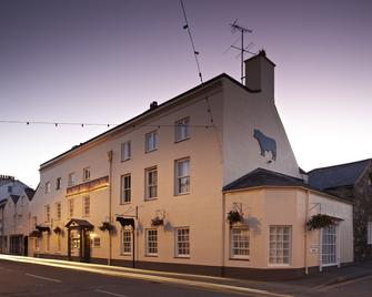 The Bull - Beaumaris - Beaumaris - Edificio