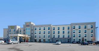 Comfort Suites Near Denver Downtown - Denver - Building