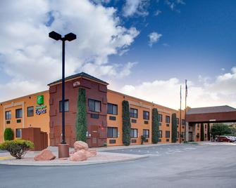 Holiday Inn Express Sedona - Oak Creek - Sedona - Gebouw