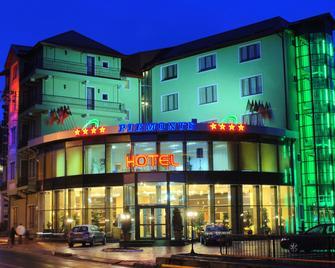 Hotel Piemonte - Predeal - Gebäude
