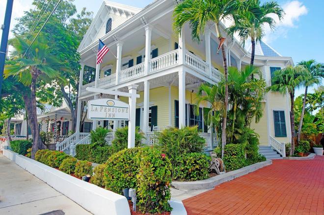 La Pensione Inn B&B - Key West - Building