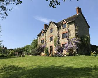 Abbey Farm Bed and Breakfast - Atherstone - Building