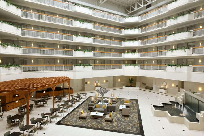 Embassy Suites by Hilton Newark Wilmington South - Newark - Hành lang