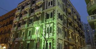 โรงแรมการิบัลดิ - ปาแลร์โม - อาคาร