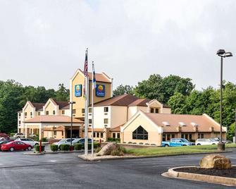 Comfort Inn & Suites LaVale - Cumberland - La Vale - Building