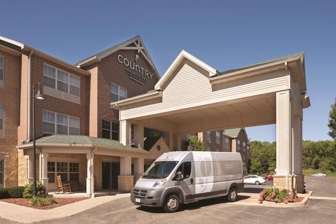 Country Inn & Suites by Radisson, Madison SW - Madison - Building