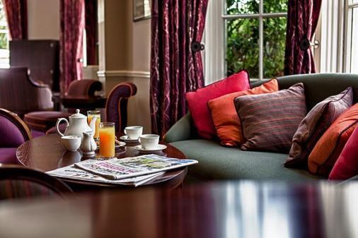 Bedford Lodge Hotel & Spa - Newmarket - Bar