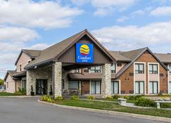 Comfort Inn - Barrie - Building
