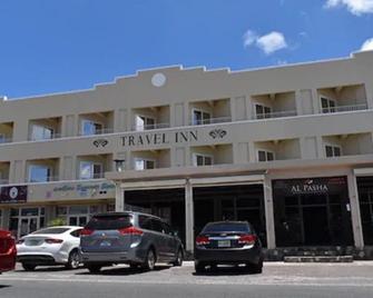 Travel Inn Hotel - Simpson Bay - Byggnad