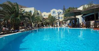 Hotel Zephyros - קאמארי