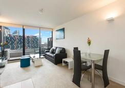Southern Cross Serviced Apartments - Melbourne - Olohuone
