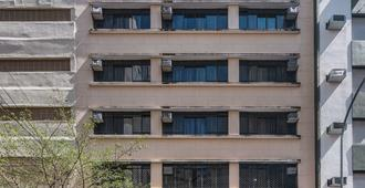 Soneca Plaza Hotel - São Paulo - Edificio