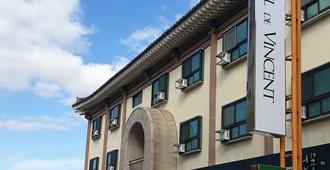 Hotel De Vincent - Gyeongju - Building