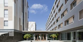 Residencia Universitaria Damia Bonet - ולנסיה - בניין