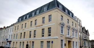 Central Hotel Gloucester By Roomsbooked - Gloucester