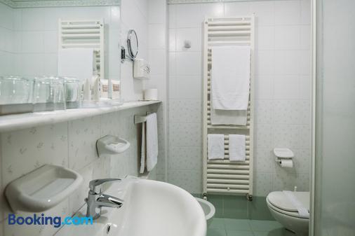 Hotel Terme Antoniano - Montegrotto Terme - Bathroom