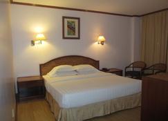 Sanbay Hotel - Sandakan - Bedroom