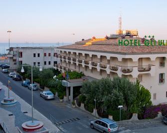 Hotel Gli Ulivi - Soverato - Outdoors view