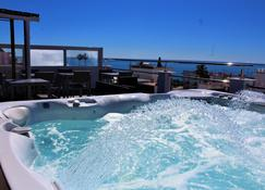 Hostal Don Peque - Adults Only - Nerja - Hotel amenity