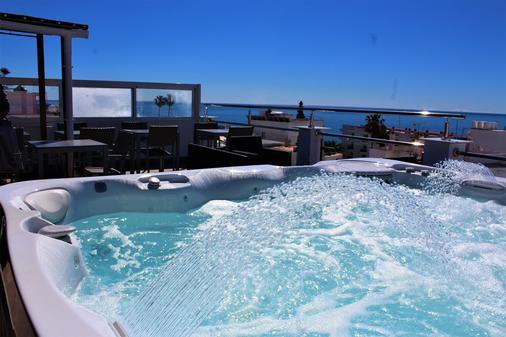 Hostal Don Peque - Nerja - Hotel amenity